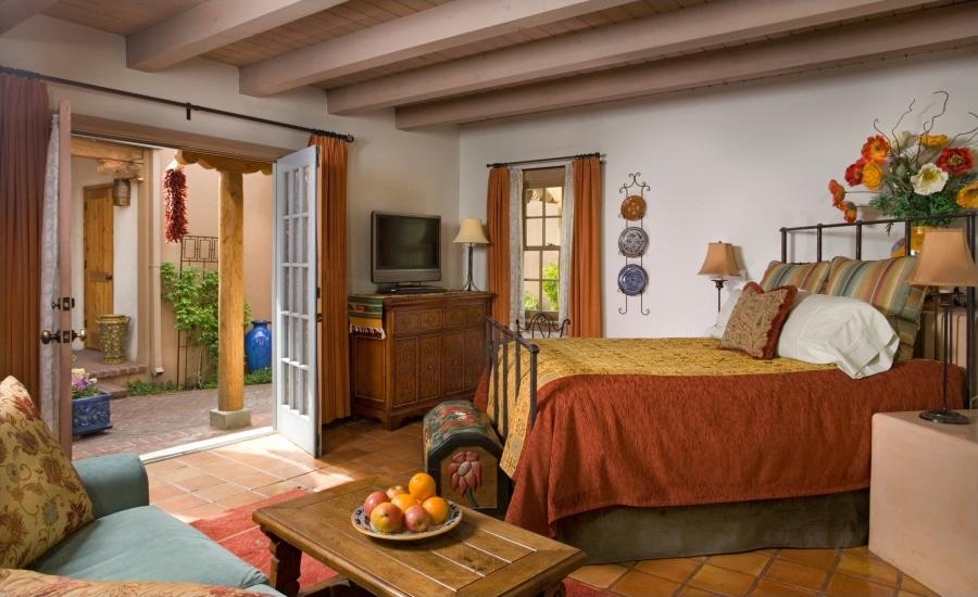 Guest Room at El Farolito Santa Fe bed and breakfast